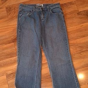 3/$20 sale Levi's signature mid-rise jeans size 6